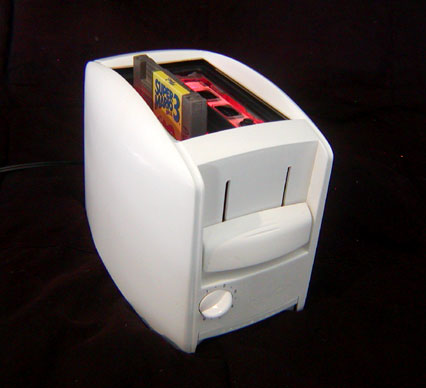 FEATURED: Vomitsaw's Nintoaster, the first NES inside a real toaster