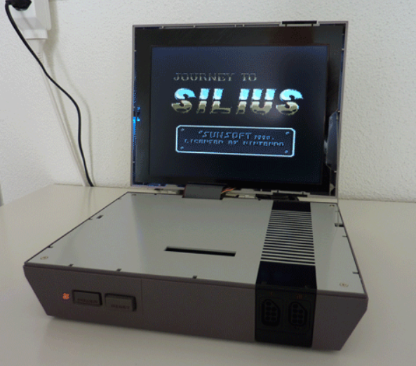 FEATURED: Silius' NES with built-in Screen
