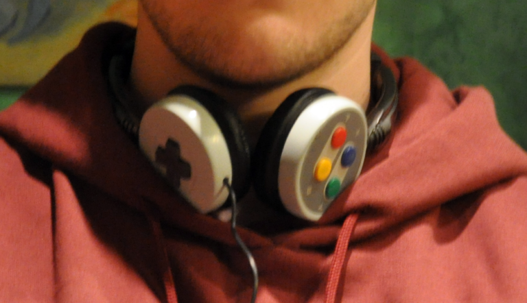 FEATURED: SNES Wired & Bluetooth Headphones by Lyberty5