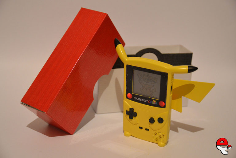 FEATURED: The Pikaboy, a Custom Pikachu Gameboy Color by e4i