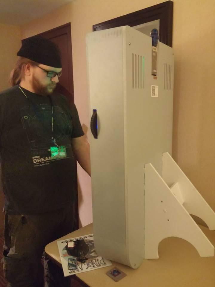 Simon playing the Gameboyman.